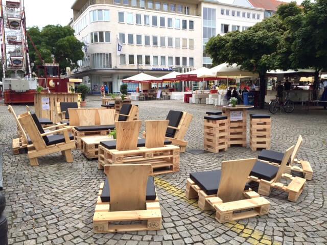 Palettenmöbel in der Spandauer Altstadt