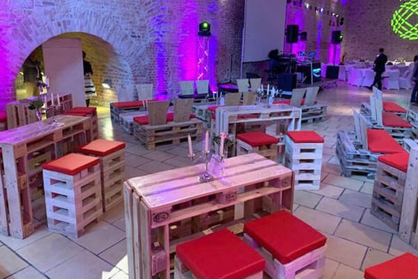 Möbel aus Sitzpaletten in der Zitadelle Spandau